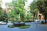 Haupteingang Zentrum für Traditionelle Chinesische Medizin